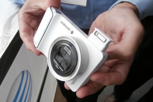 Samsung promet un prix abordable pour son Galaxy camera.