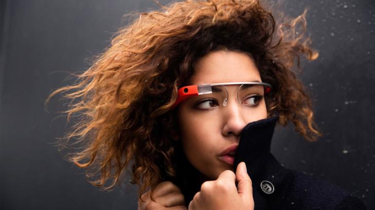 Une femme a été agressée et volée dans un bar parce qu'elle portait des Google Glass