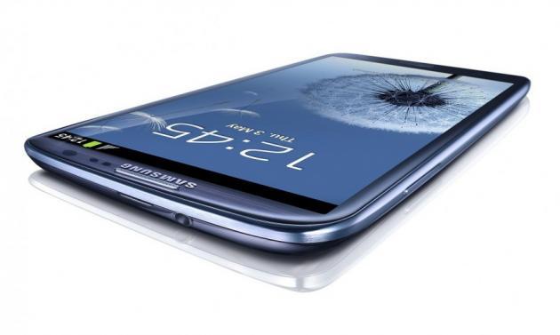 Samsung nous rappelle la sortie du Galaxy SIV le 14 mars sur Tweeter