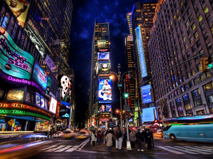 Des teasing pour le  Samsung Galaxy SIV visibles dans les rues de New York