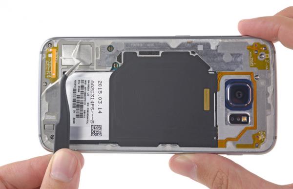 Le D 233 Montage Du Galaxy S6 Nous Montre Qu Il Sera Difficile