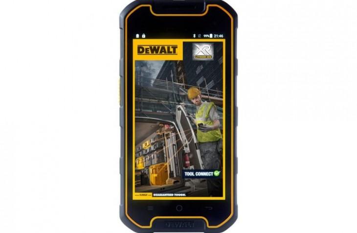 Dewalt présente son premier Smartphone Android dédié aux sites de construction