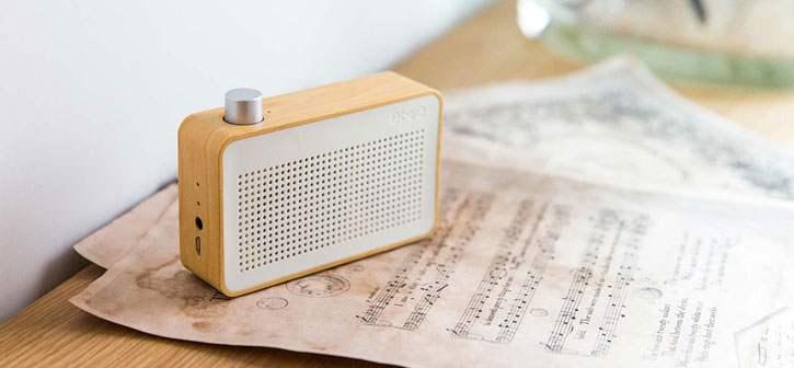 Test de l'enceinte Bluetooth Emie vintage en bois